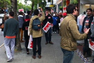 fast-food-strike-broadway-May30