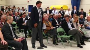 MLKCLC Executive Secretary David Freiboth speaks at the Bellevue transportation forum.
