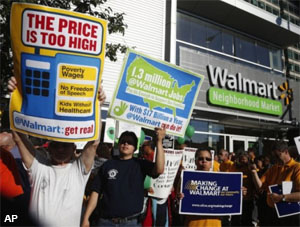 AP-walmart-strikes-13Nov25