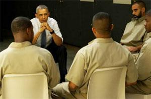 obama-visits-prison