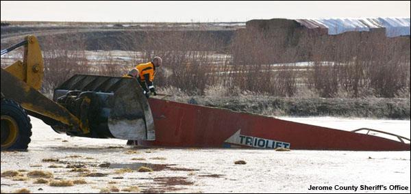 idaho-dairy-manure-drowning-Feb16