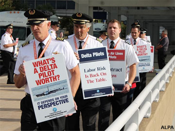 Delta pilots picket at Minneapolis-St. Paul International Airport.